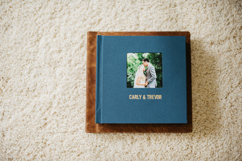 Erika Aileen Photography Kiss Books Wedding Album