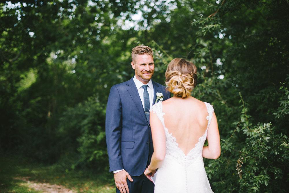 Barn at Kennedy Farm Indianapolis Wedding Photographer Erika Aileen