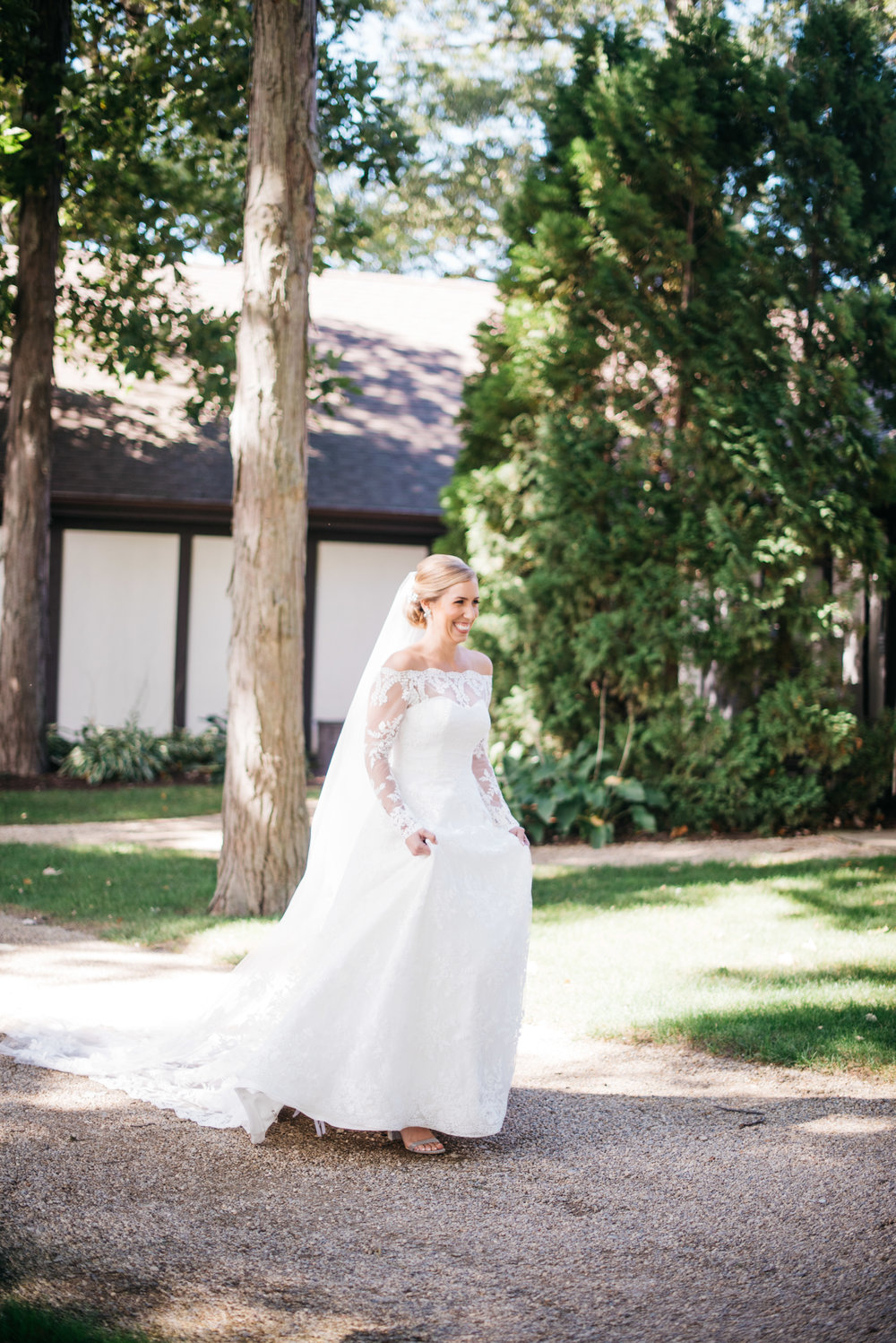 Chikaming Country Club Wedding Union Pier Michigan Wedding Erika Aileen Photography Michigan Wedding Photographer
