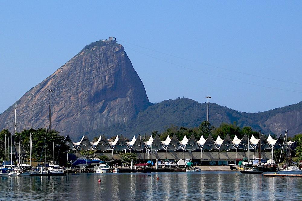 (imagem: Pão de Açucar, Rio de Janeiro, Brasil)