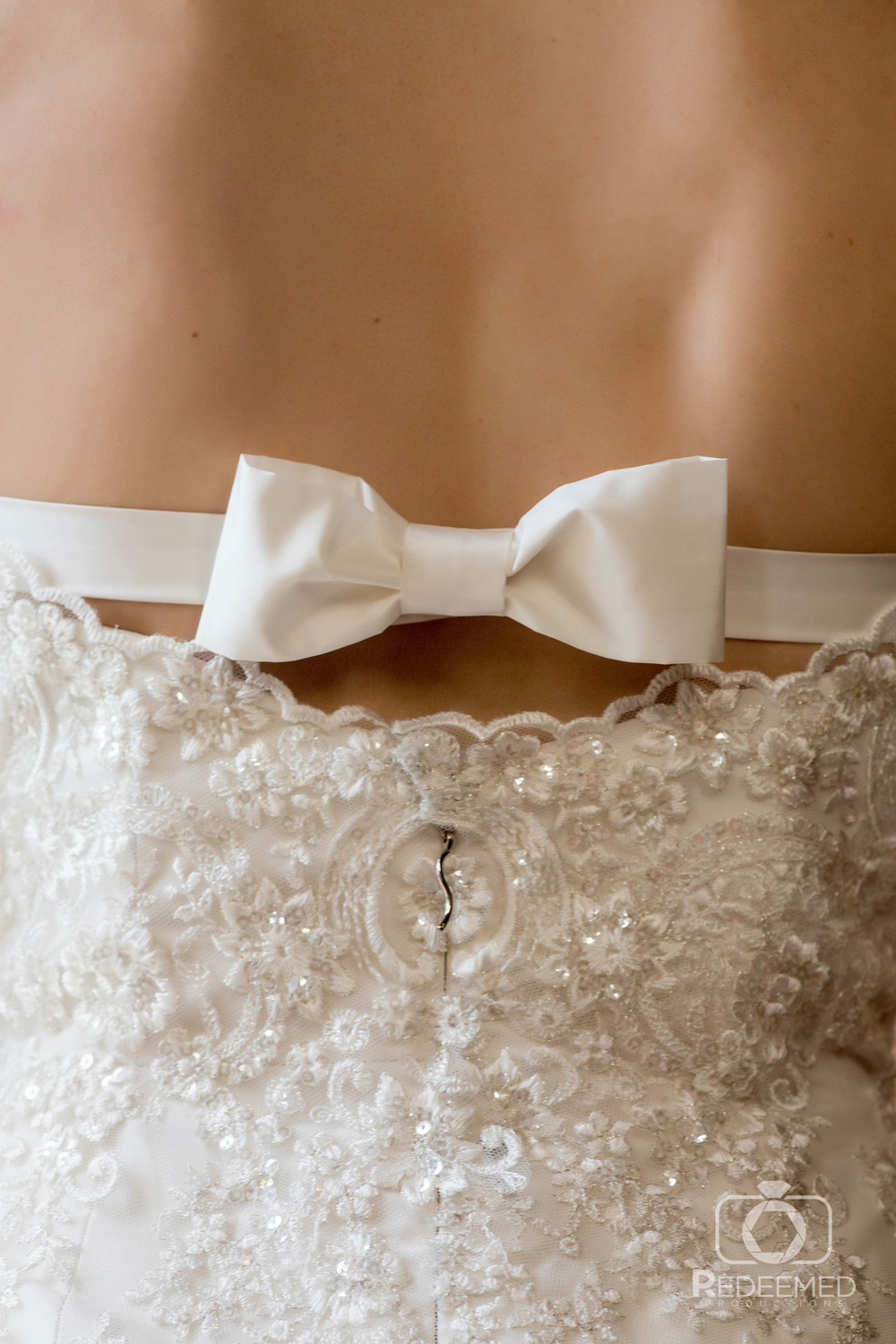 Bridal Couture by Sonni Custom wedding dress bow