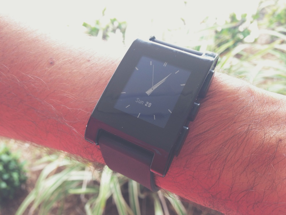 Pebble smartwatch traditional watchface