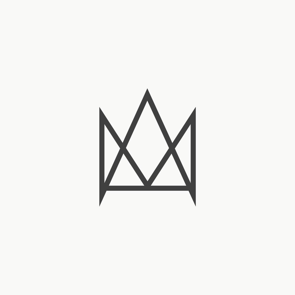 Portfolio Logos_Crown Knives.png