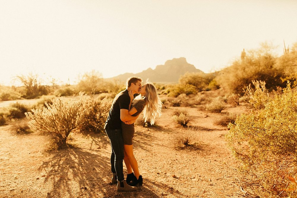 salt-river-arizona-engagement-session_0388.jpg