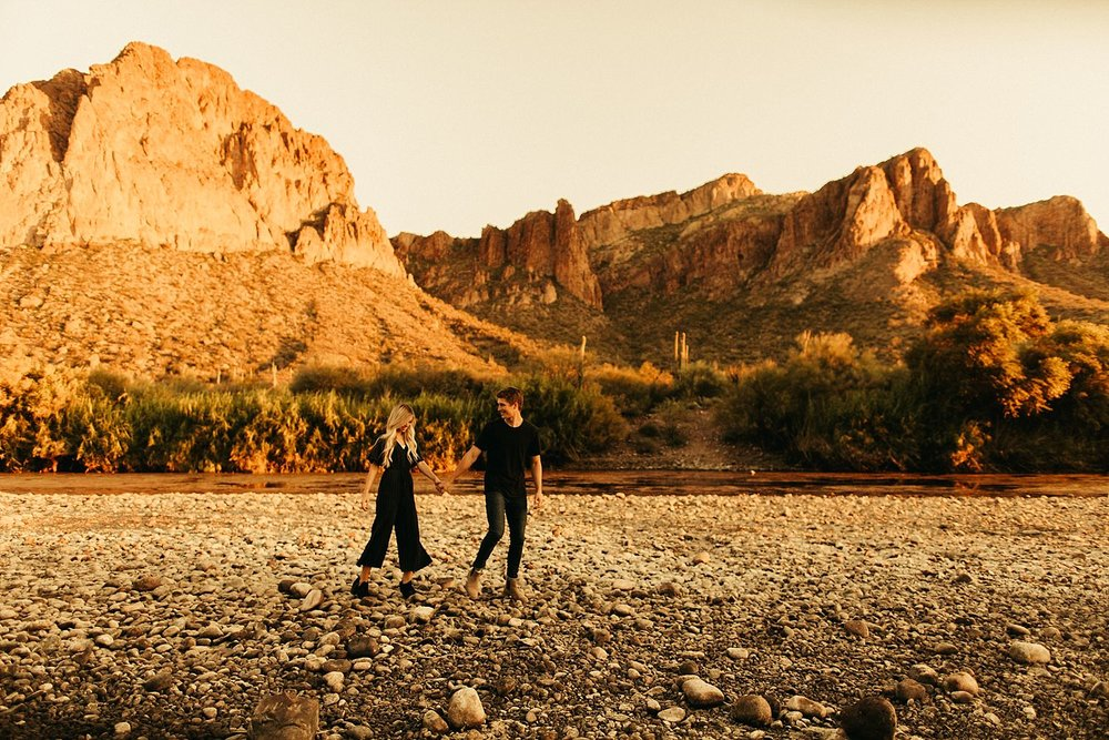 salt-river-arizona-engagement-session_0429.jpg