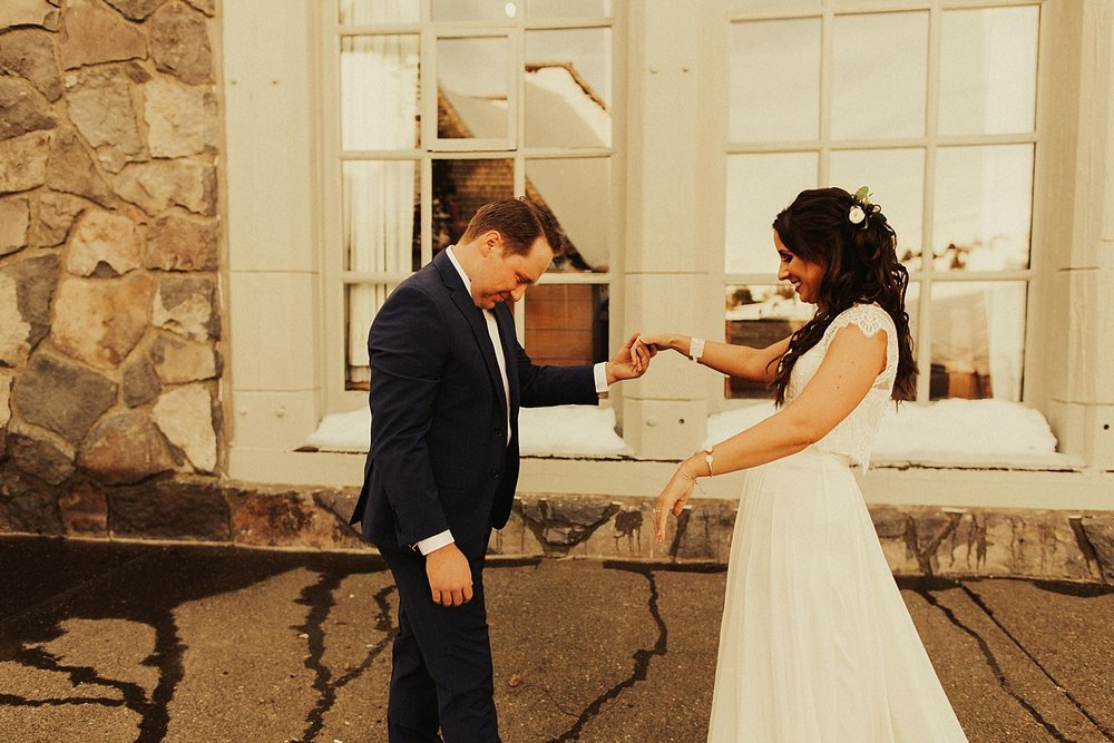 mt-hood-timberline-lodge-wedding_1207.jpg