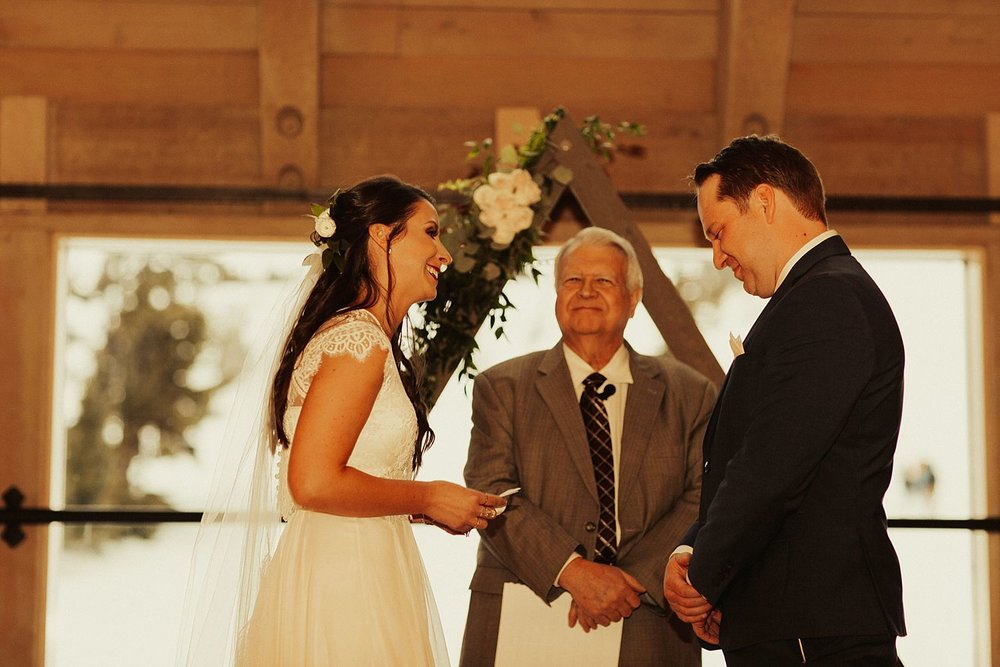 mt-hood-timberline-lodge-wedding_1287.jpg
