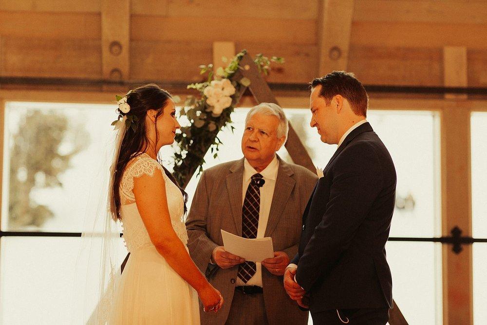 mt-hood-timberline-lodge-wedding_1289.jpg