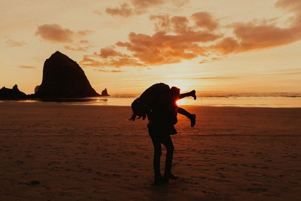 indian-beach-oregon-coast-anniversary-session_1435.jpg