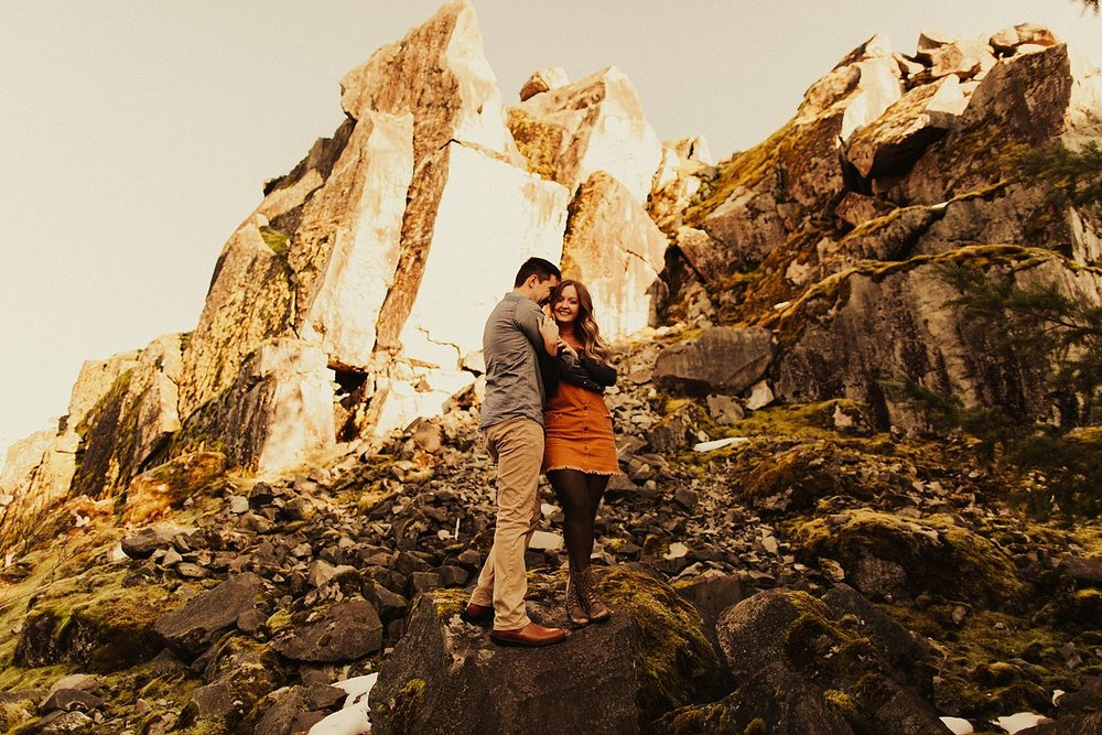 columbia-river-gorge-engagement-session_1588.jpg