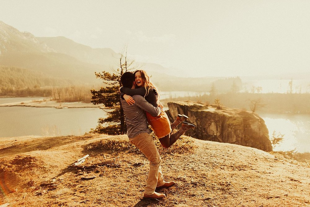 columbia-river-gorge-engagement-session_1598.jpg
