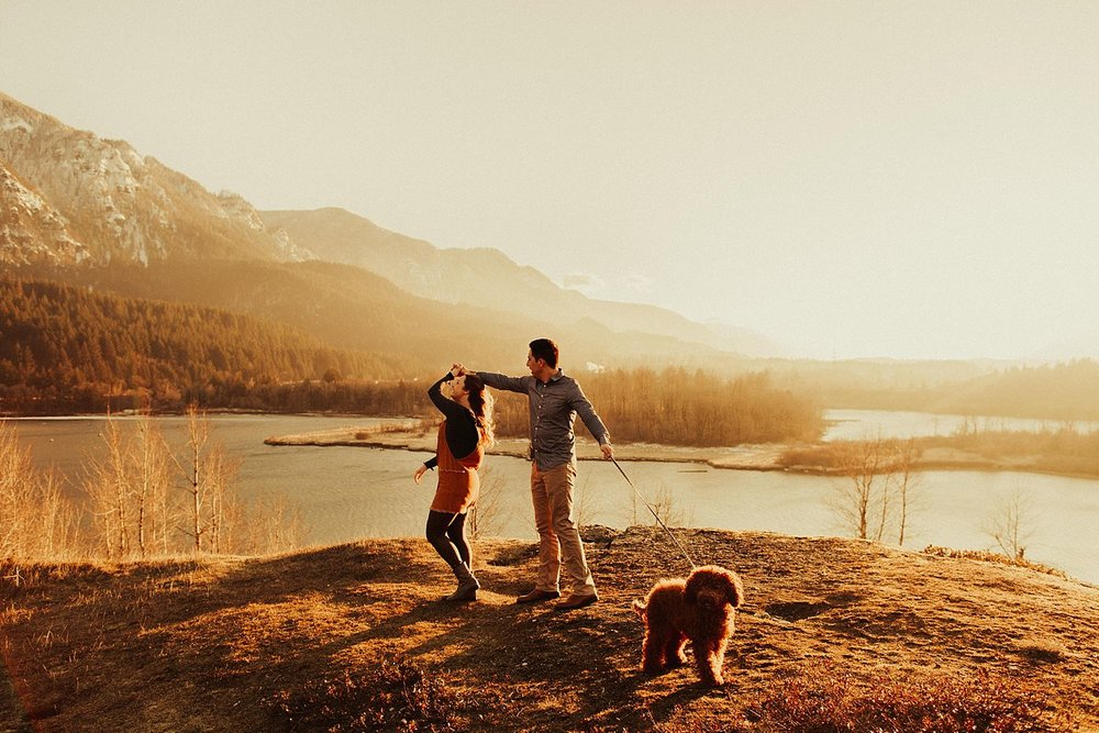 columbia-river-gorge-engagement-session_1626.jpg