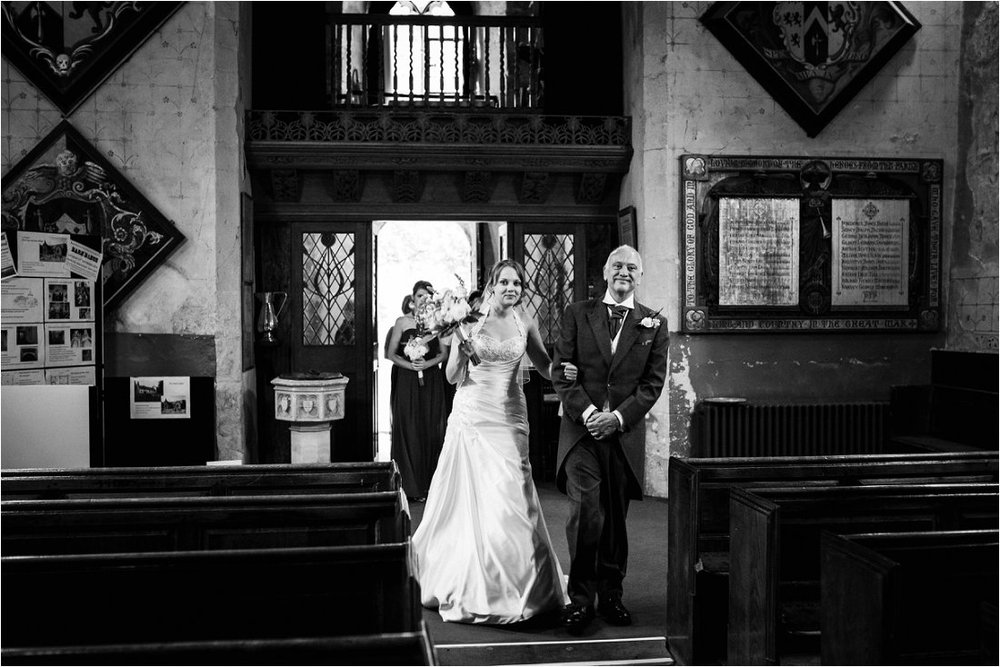 Wedding photographer in Berkshire - Tracey & Sean (33).jpg