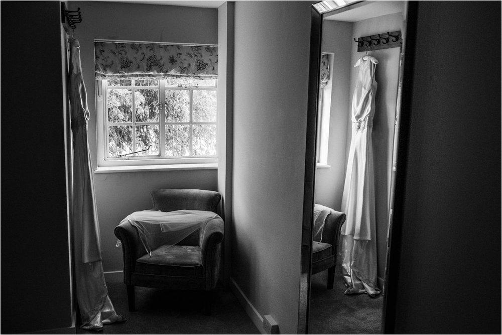Farnham Castle wedding - Rebecca & Luke (3).jpg
