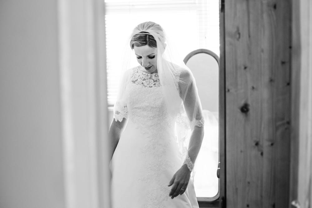 Andrew & Hannah wedding (15).jpg