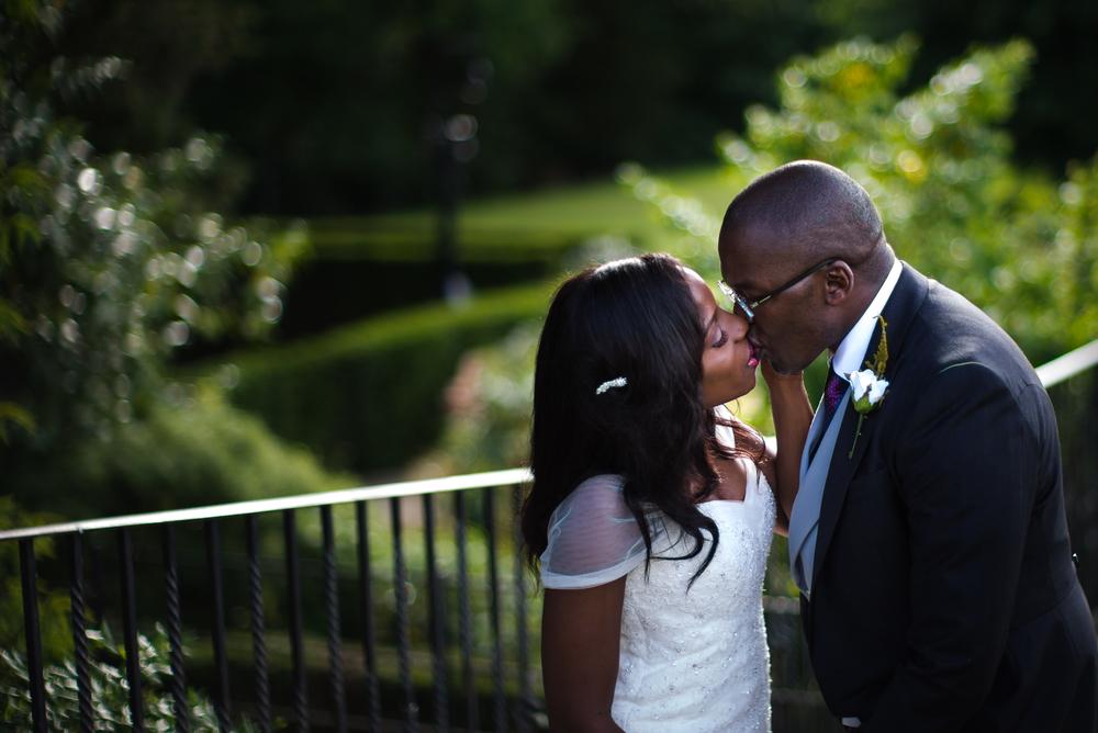 Royal Holoway wedding photography-92.jpg