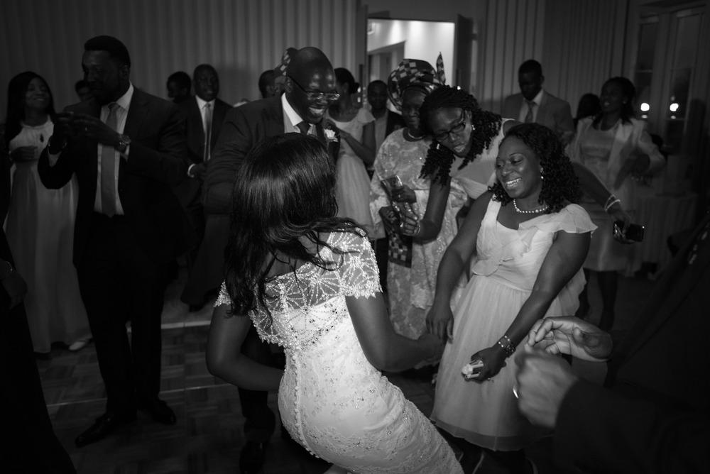 Royal Holoway wedding photography-99.jpg
