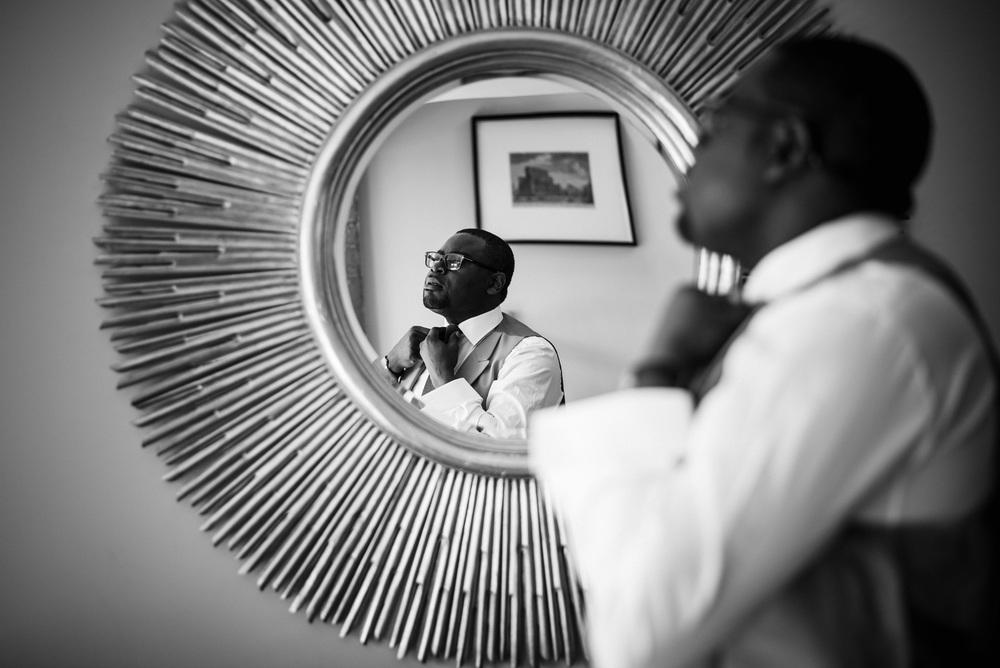 Royal Holoway wedding photography-14.jpg