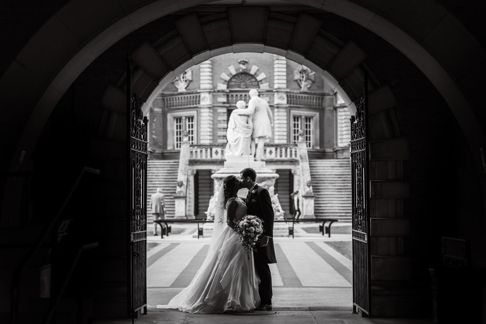 Royal Holloway Wedding Photographer (223).jpg