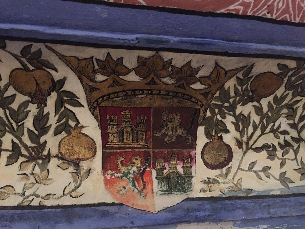 San Antonio El Real, Segovia. Reflectorio. Escudo de Enrique IV de Castilla.