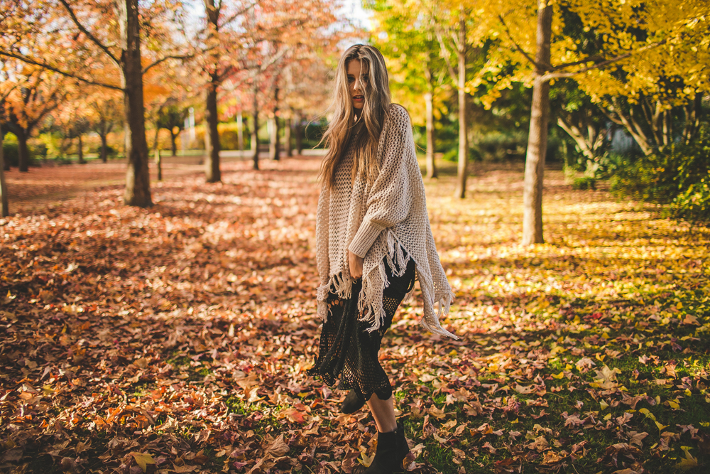 all the autumn photos in this blog post were part of a big collaboration we did towards the end of the season with golden leaves. megan had scouted this amazing location and we all got together and photographed until the night. all the photos + polaroids i posted are taken by me!