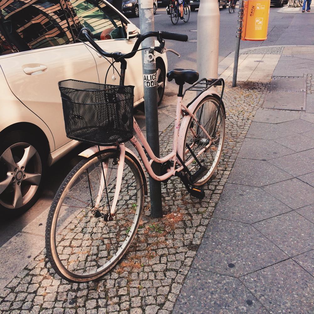 julia-trotti-berlin instagram diary_14.jpg