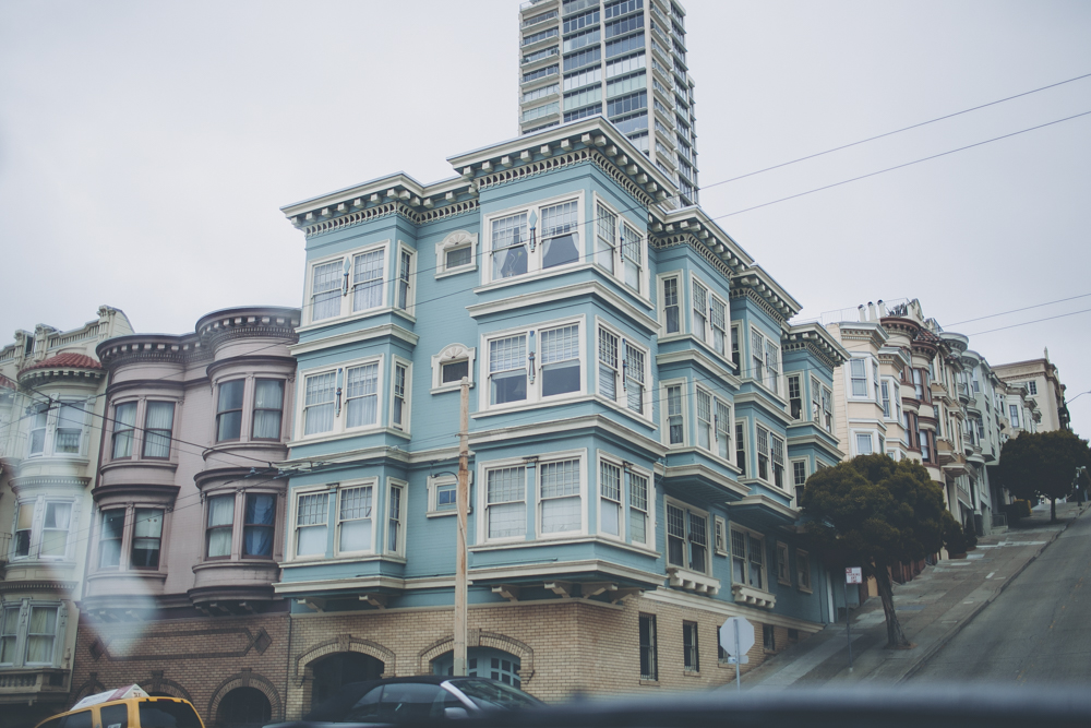 I am in love with the buildings and the colours of San Francisco!