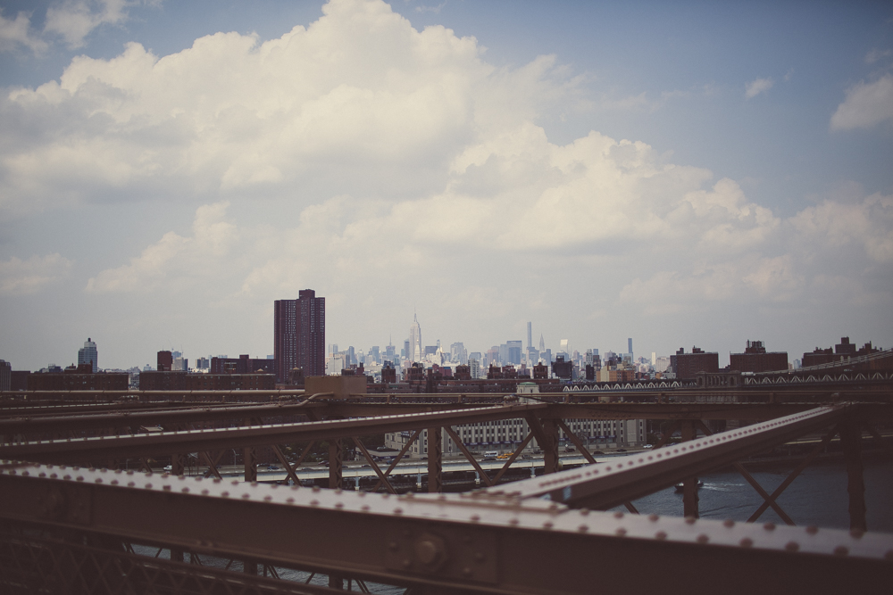 Walking across Brooklyn Bridge was one of the highlights of my trip - I would love to come back in winter one day!