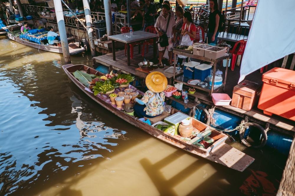 sonya7iii_bangkok_10.jpg