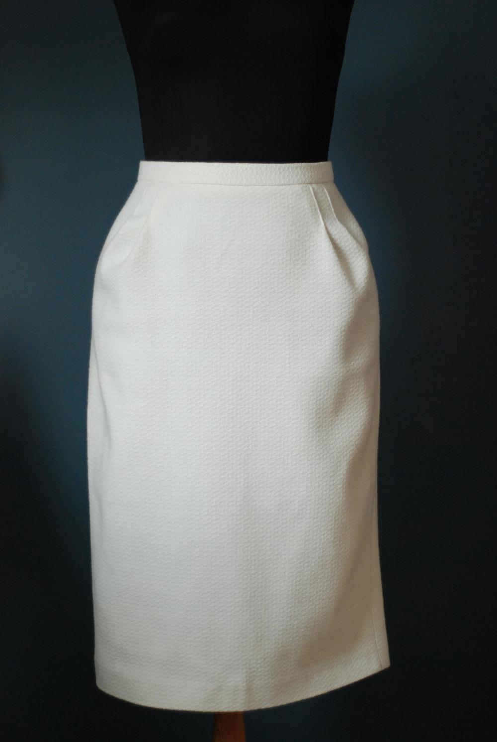 homemede skirt 250 dkk.