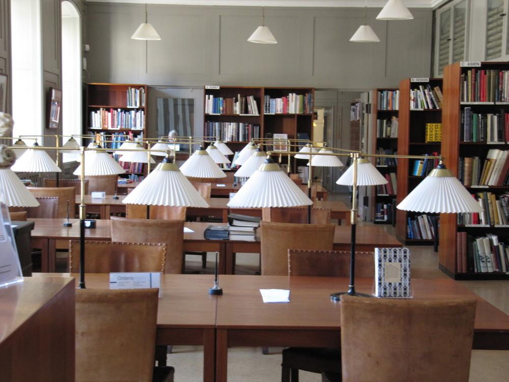 Design_Museum_Denmark_-_library.jpg
