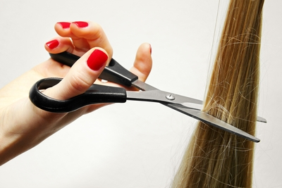 What are the top seven questions to ask your hairstylist before the cutting begins?