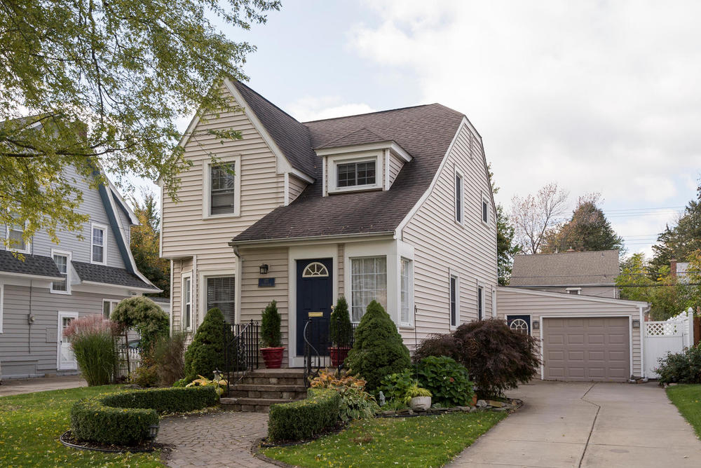 SOLD: 177 Walton Dr, Amherst | $239,900