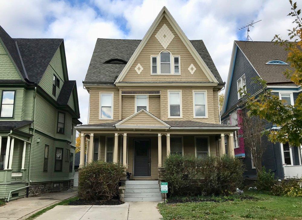 SOLD: 830 Auburn Ave, Buffalo | $184,900