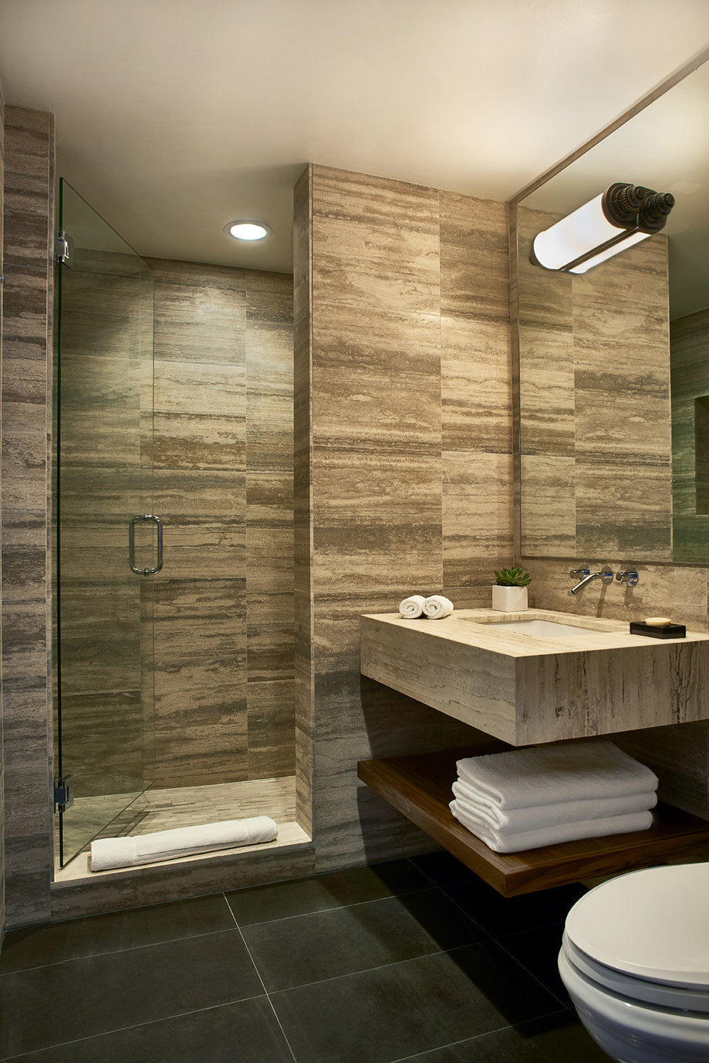 Nautilus-Penthouse-Bathroom.jpg