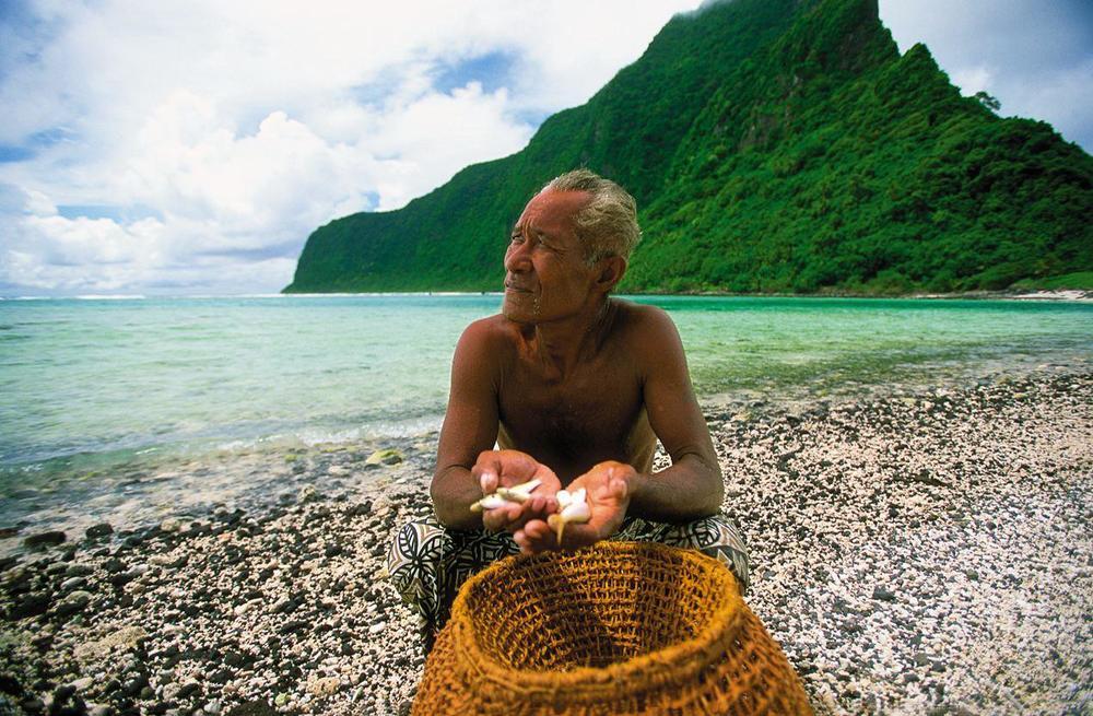 1 Samoan old man.jpg