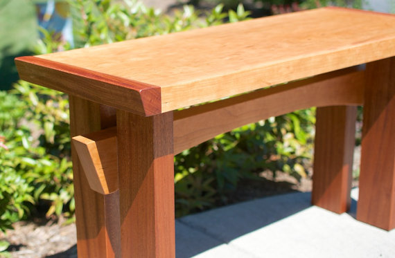 Merveilleux Asian Style Bench/Table
