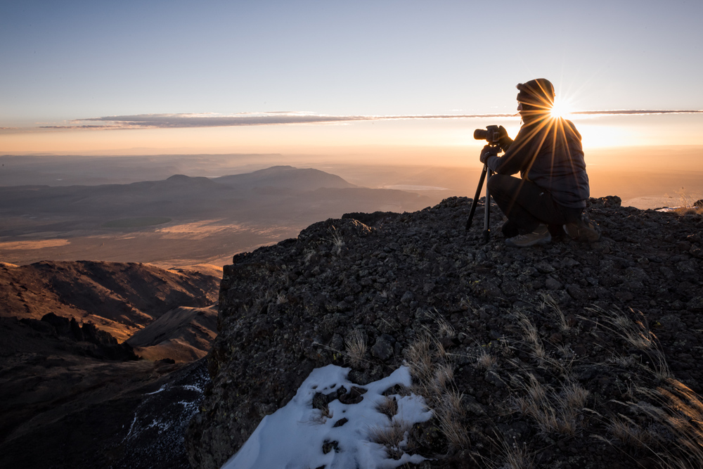 Matt Kloskowski atop Steens Mountain at dawn. Nikon D810, Nikkor 14-24 F2.8.