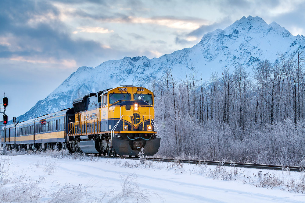 aurora-winter-train-alaska.jpg