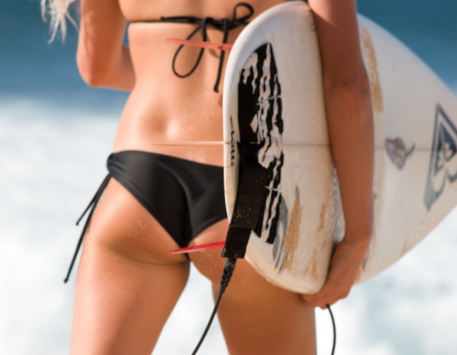 surf-girls-add-920-1.jpg