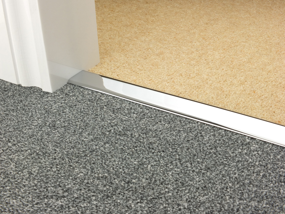 door_bar_chrome_doublez_carpet_carpet 3.jpg