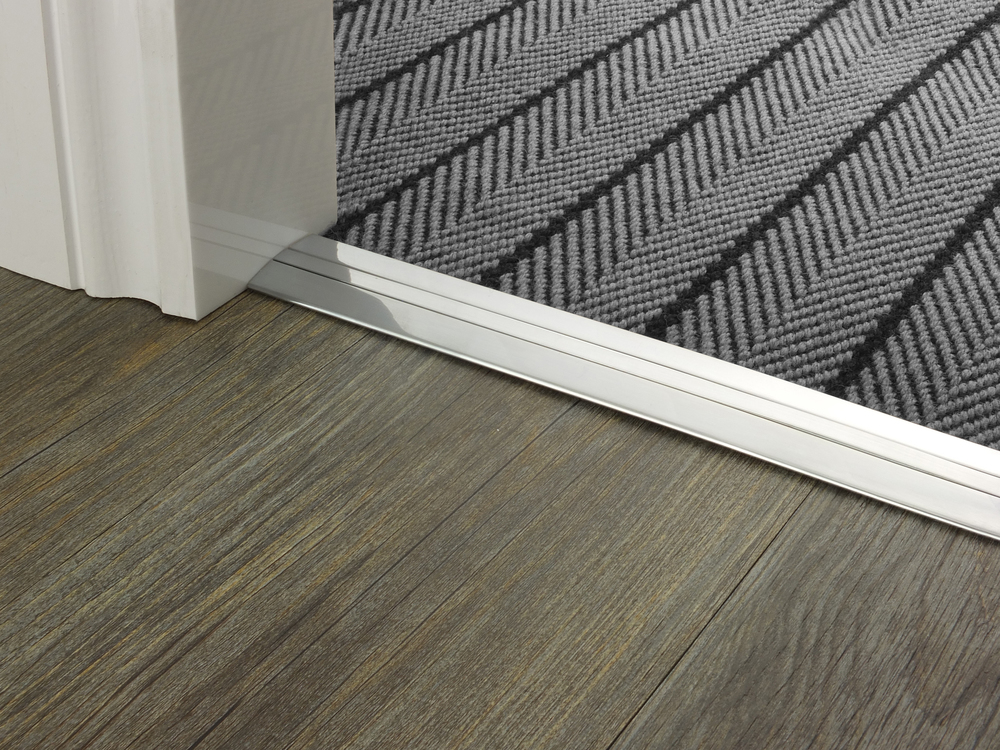 door_bar_brushed_chrome_posh_38_flatweave.jpg