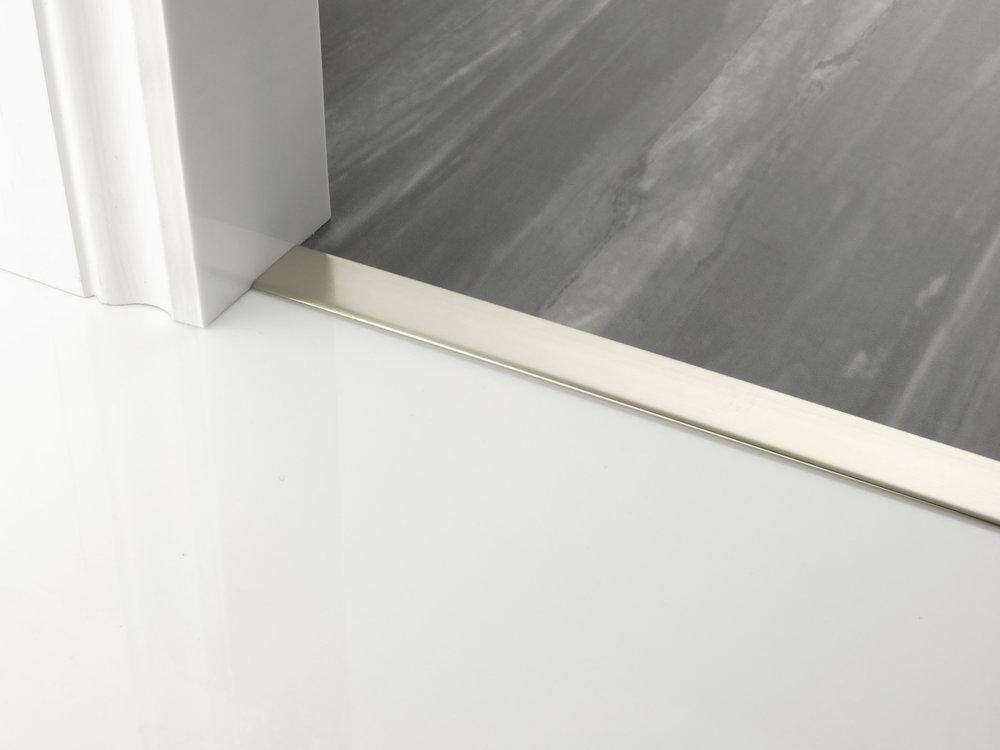 door_bar_floating_cover-30mm_satin_nickel.jpg