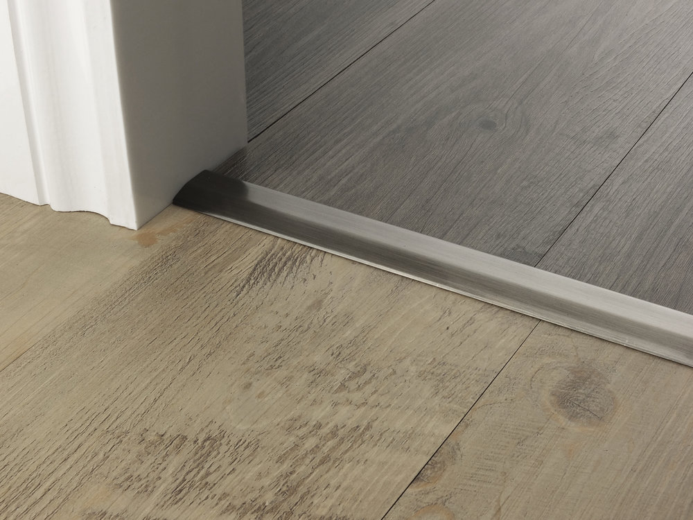 door_bar_pewter_two_way_ramp_2mm_lvt_lvt.jpg