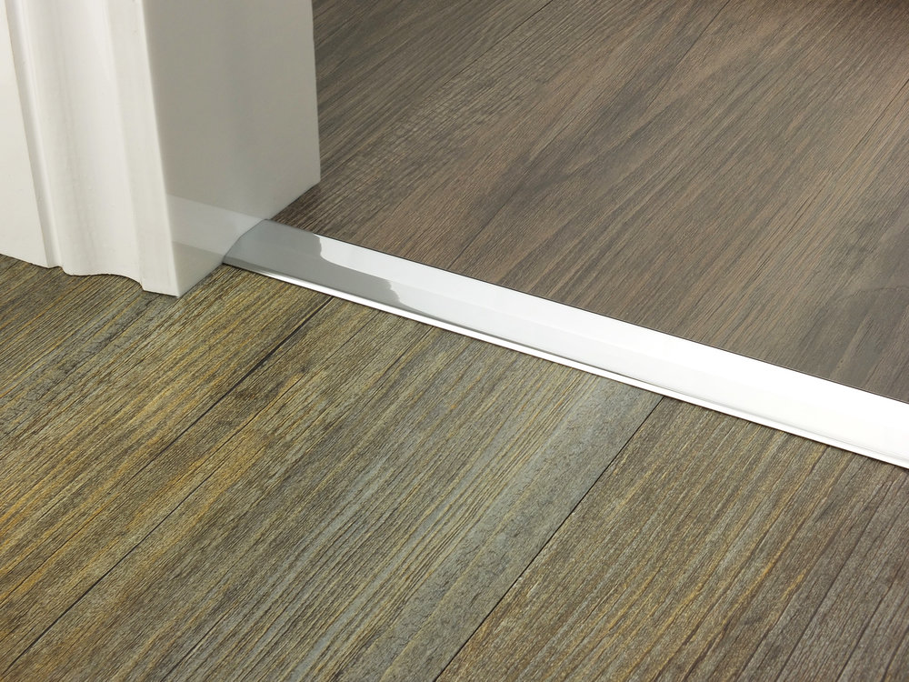 door_bar_two_way_ramp_chrome_2mm_lvt_lvt.jpg