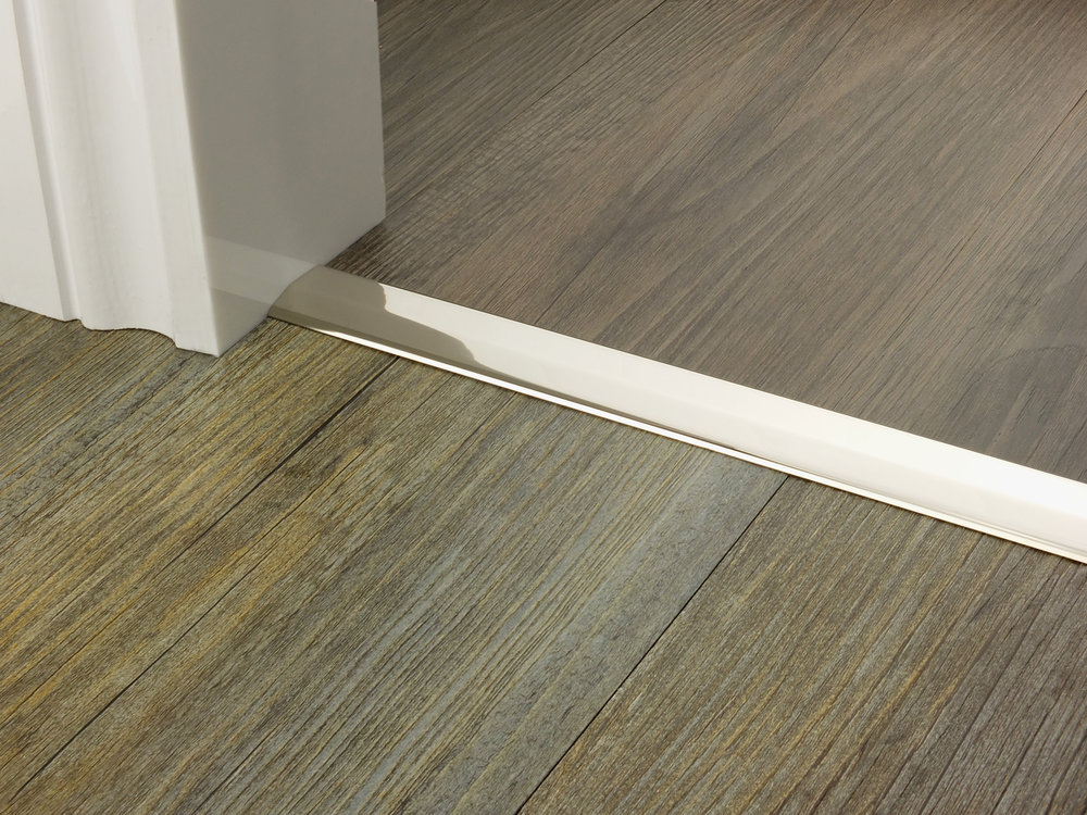 door_bar_two_way_ramp_polished_nickel_2mm_lvt_lvt.jpg