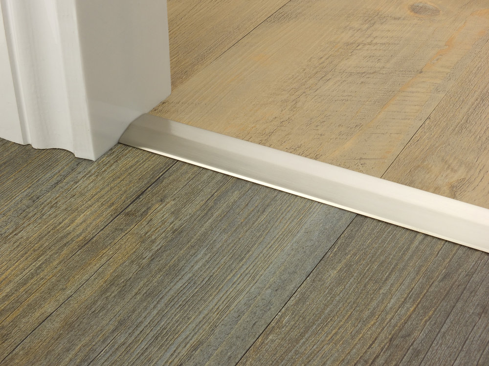 door_bar_two_way_ramp_satin_nickel_4mm_lvt_lvt.jpg