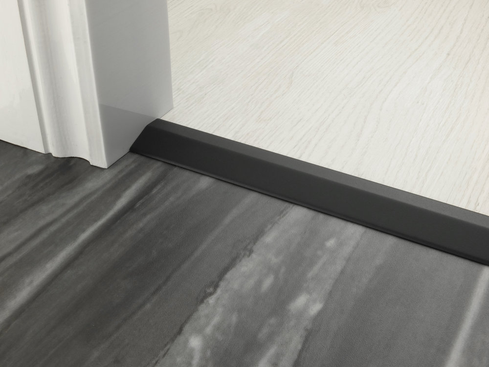 stairrods-doorbar-black-10mm-ramp.jpg