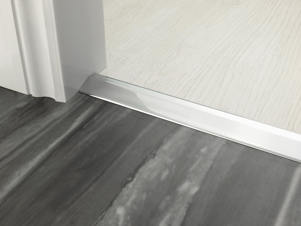 stairrods-doorbar-brushed-chrome-10mm-ramp.jpg