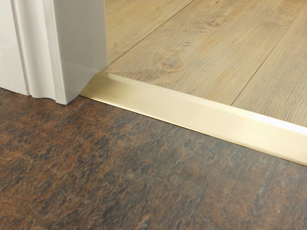 stairrods-doorbar-satin-brass-14mm-ramp.jpg